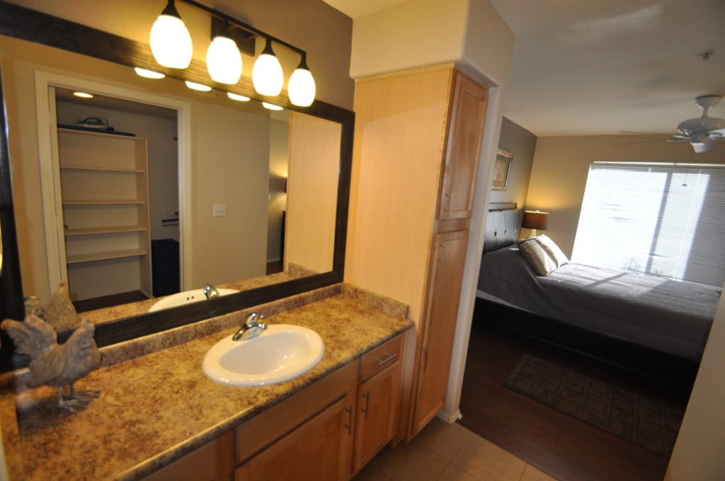 Scottsdale condo remodels opat construction for Bath remodel scottsdale